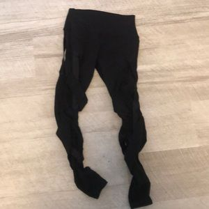 Alo black leggings size small guc. Only worn 2x